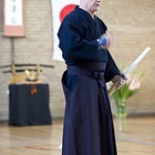 "Opendag_2013_Kendo_04 • <a style=""font-size:0.8em;"" href=""http://www.flickr.com/photos/79161659@N07/9725862706/"" target=""_blank"">View on Flickr</a>"