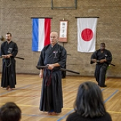 "Opendag_2013_iaido_12 • <a style=""font-size:0.8em;"" href=""http://www.flickr.com/photos/79161659@N07/9722133305/"" target=""_blank"">View on Flickr</a>"